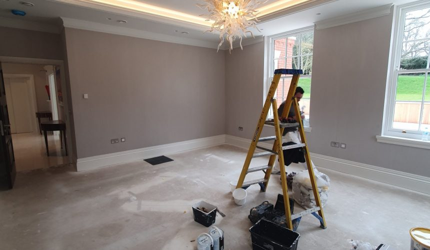 Phillip Jeffries Wallcovering to lounge in new build property